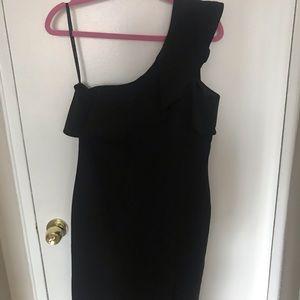 Bardot Dresses - NWT Black Ruffle One Shoulder Bardot Dress, Sz 10